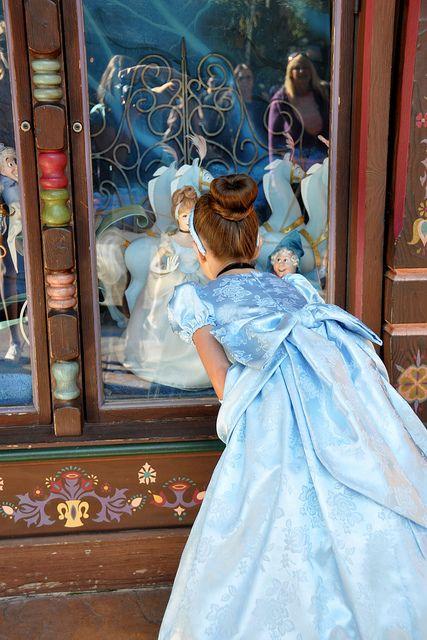 Window shopping Cinderella, via Flickr.