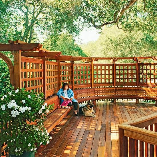 Deck and Sitting Area - made with pallets & screening made by pallets and turned into a vertical wall garden....creates shelter as well as provides beauty...climbing vines, ivy & rose bushes...should look good and would be easy to maintain.