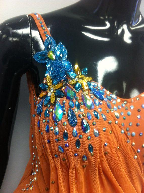 Brune danse latine robe robes latine par DesignByNatasha sur Etsy