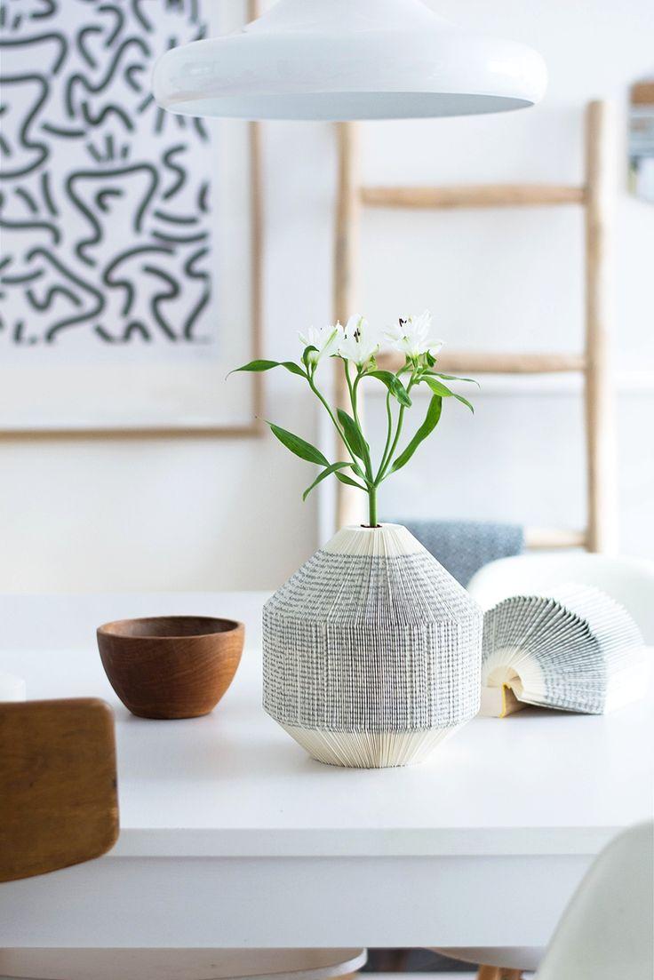 25 best ideas about paper vase on pinterest diy origami for 15 creative vase fillers