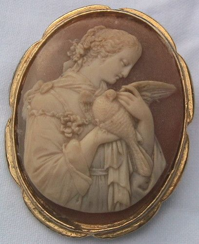 large vintage cameo brooch (girl dove)