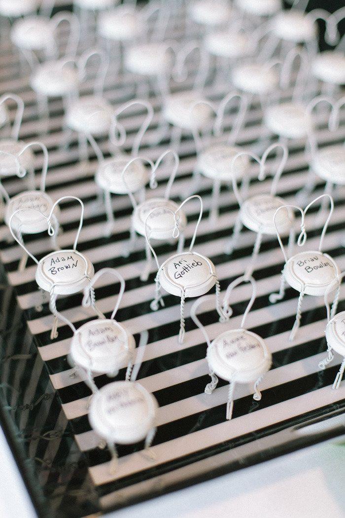 Wedding escort card ideas diy,champagne escort cards
