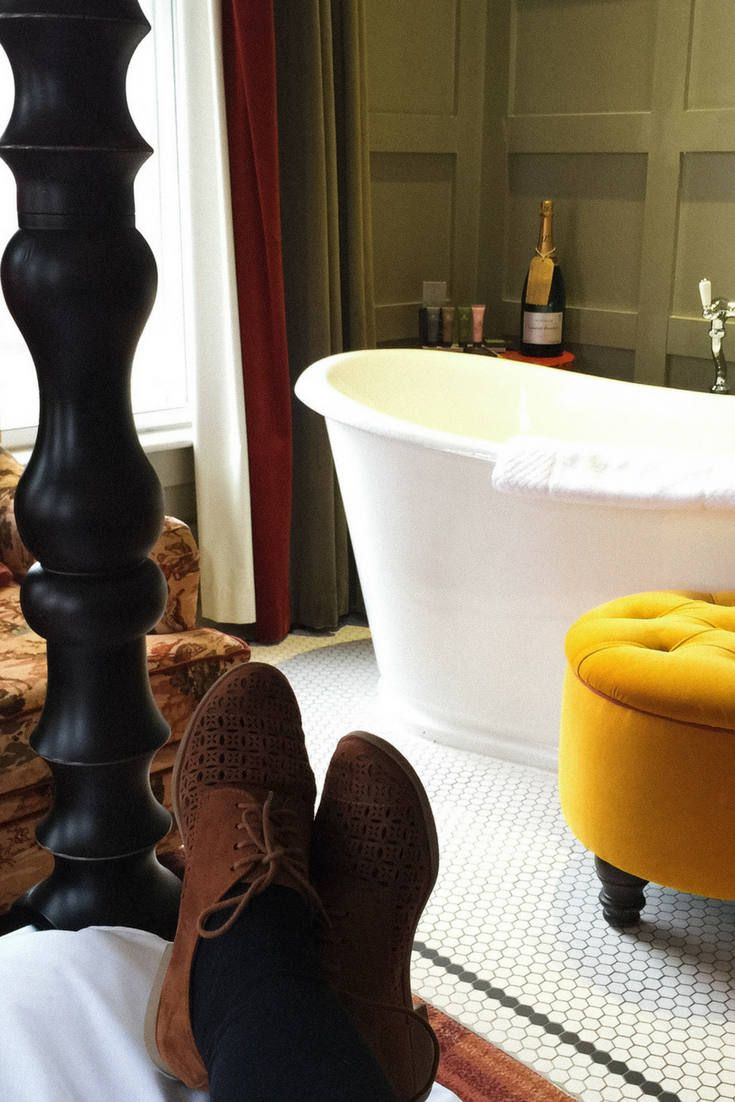 Dog & Fox Boutique Hotel in Wimbledon is a cosy and stylish place when you want to enjoy Londons Village life or watch the Tennis.