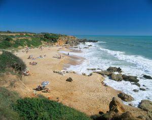 La #playa de Roche, cerca de #Cónil (#Cádiz). Elegida una de las mejores playas nudistas de España