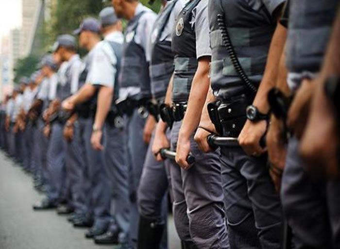 A Polícia Militar abriu concurso para a contratação de 221 alunos-oficiais, as inscrições podem ser realizadas de dia 27 de setembro até 26 de outubro