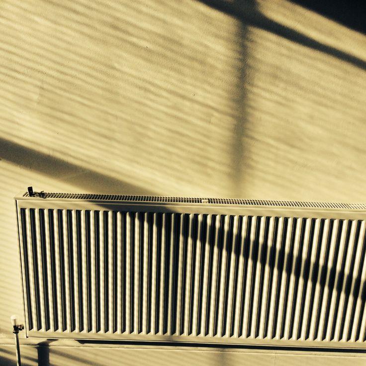 Shadows blinds diagonals