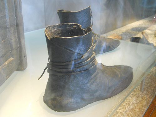 Leather boots exhibited at the Viking Ship Museum, Oslo, Norway.  Similar to Native American moccasins, these boots were probably very comfortable and were worn with thick wool socks.  W. Michael Gear and Kathleen O'Neal Gear, PEOPLE OF THE SONGTRAIL