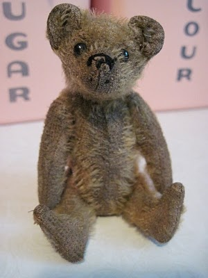 Tracy's Toys (and Some Other Stuff): Antique Miniature Steiff Bear