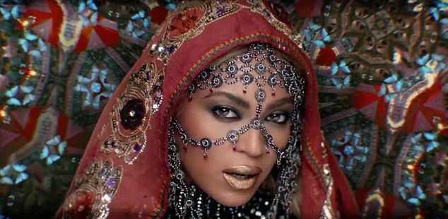 Beyonce features on Coldplay's single Hymn for the Weekend - Watch Beyonce videos   Bey-Hive stand up.  Your queen is back with a new video.Beyoncefeatures onColdplays single Hymn for the Weekend and the India-themed video is visually stunning.   This is the second single to be taken from Coldplays acclaimed new albumA Head Full Of Dreams(out now).     entertainment