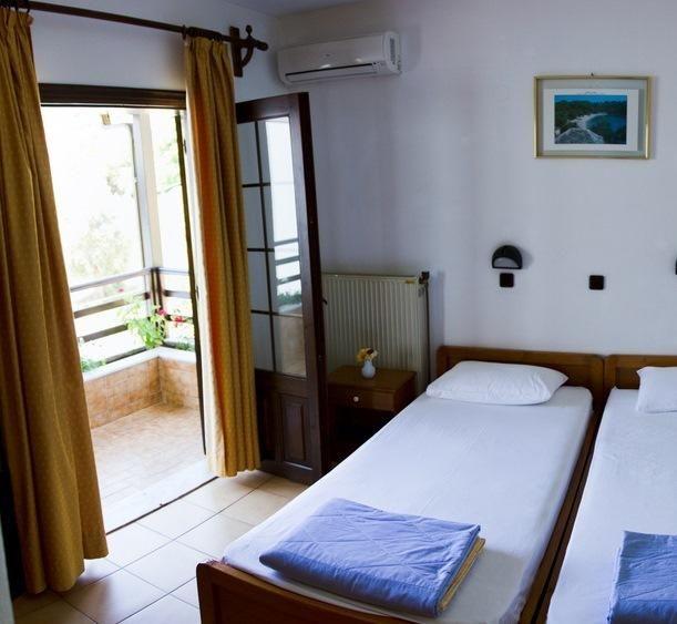 Booking.com: Hotel Sylvia , Koínira, Grecia - 33 Comentarii clienţi . Rezervaţi-vă camera acum!
