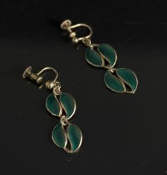 Gold-plated silver earrings with enamel from David Andersen