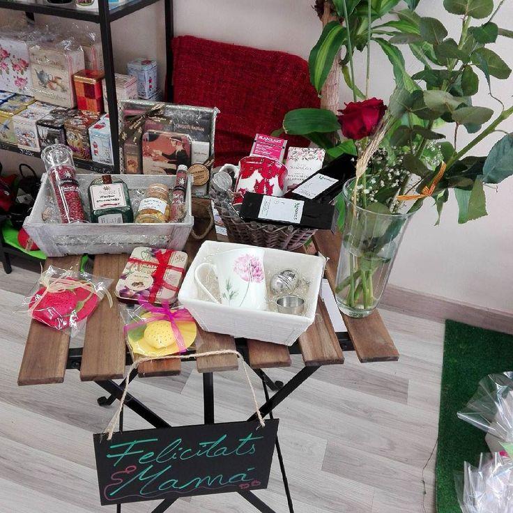 Felicidades mamás! #diadelamadre #felicidadesmama #felicidadesmami #felicidadesmamá #felicitats #felicidades #1demayo #regalosparamama #regalosparamamá #chocolate #tazas #mugs #filtros #teteras #te #té #cafe