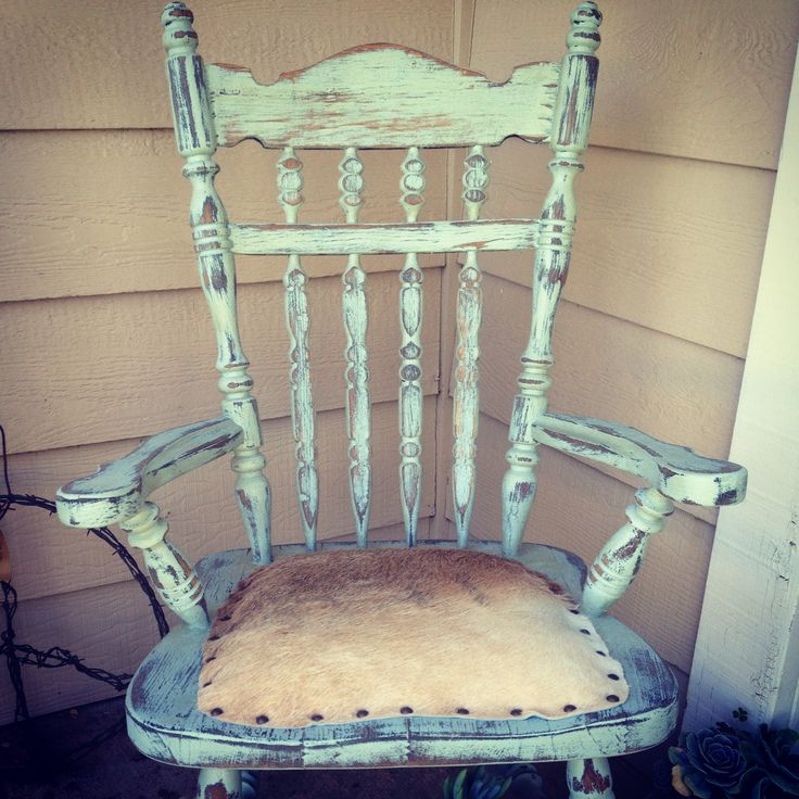 Cowhide rustic ranch chair