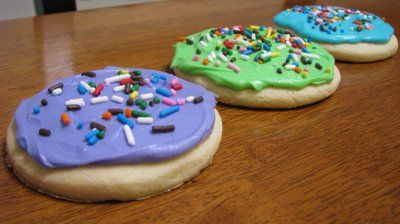 Carrie's Cooking and Recipes: Soft Sugar Cookies LIke they sell at walmart