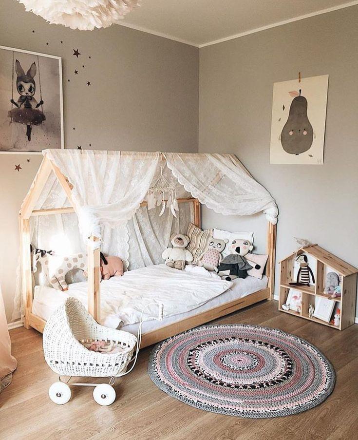 We love love love this 💕 by @3elfenkinder #love #boysroom #gutterom #girlsroom #jenterom #interiør #inspo #barnerom #barneinteriør #barneinspo #barneromsinteriør #gravid #nyfødt #newborn #babyroom #barsel #mammaperm #mammalivet #småbarnsliv #interior #kidsinspo #kidsinterior #kidsdecor #nursery #nurserydecor #barnrum
