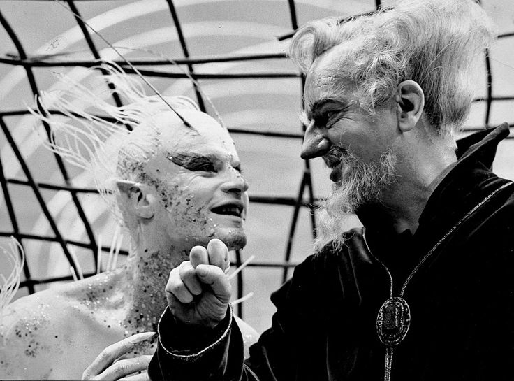- Roddy McDowall as Ariel and Maurice Evans as Prospero  in Shakespeare's The Tempest - Shakespeare - The Tempest - Richard Burton -...