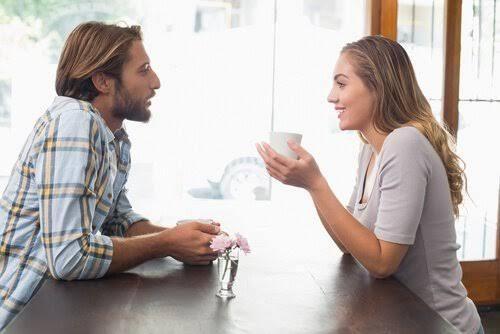 Οι σχέσεις είναι προϊόντα αγάπης που απαιτούν δουλειά, κατανόηση και αφοσίωση για να λειτουργήσουν. Ωστόσο, με τα ποσοστά διαζυγίων να βρίσκονται στα πιο υψηλά επίπεδα, η πραγματικότητα είναι ότι πολλοί άνθρωποι κάνουν μεγάλα βήματα προς μια σχέση χωρίς να γνωρίζουν τι τους περιμένει. Μόλις ο μήνας του μέλιτος τελειώσει, το ζευγάρι πρέπει να επιστρέψει στην …