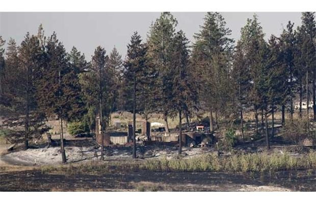 Evacuation alert issued in Kelowna as wildfire grows, residents watch winds