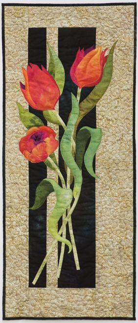 Tulips by Marjorie Post | Dragonfly Studio.  A Pattern is available at Craftsy: http://www.craftsy.com/pattern/quilting/home-decor/tulips/6253