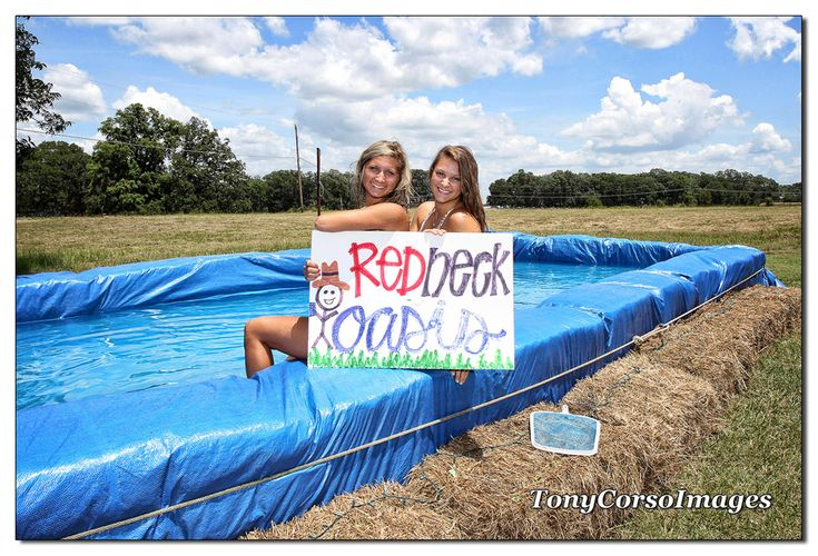 1000 ideas about redneck pool on pinterest diy pool - Redneck swimming pool with hay bales ...