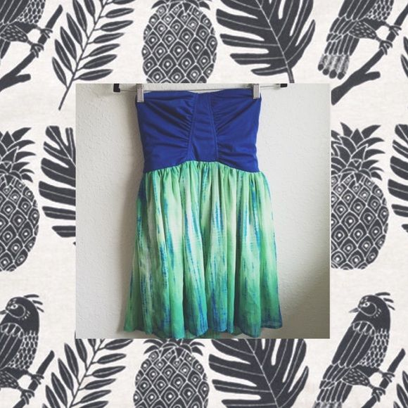 Wet Seal Blue & Green Mermaid Dress - Size M ✨Wet Seal blue and green strapless dress with tie-dye skirt. Great for any occasion.✨ Wet Seal Dresses