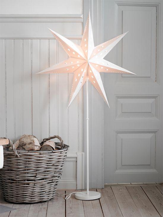 25 beste idee n over houten lambrisering decor op pinterest houten lambrisering update - Lambrisering lijstwerk ...