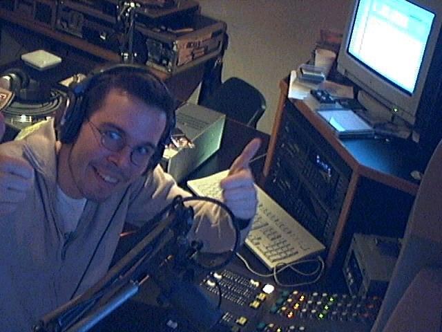 Michiel in de zeroes: 2002, Kink FM