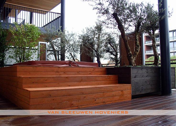 Dakterras/ balkon, ontwerp & aanleg door Van Sleeuwen Hoveniers - Veghel. Meer dakterrassen en balkons treft u op www.vansleeuwenhoveniers.nl.