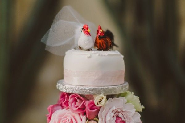 8 wedding details that are easily forgotten. Chicken wedding cake toppers. Image: Nick Ray #wedding #cake