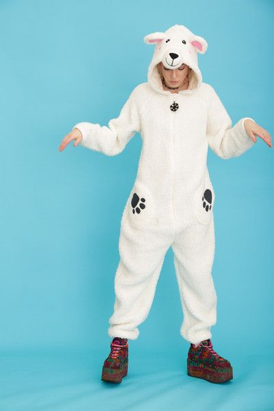 Now you can hibernate the winter away in style with this Wonderfully White Polar Bear Onesie. This Primark onesie is soft, comfortable and perfect for sleeping