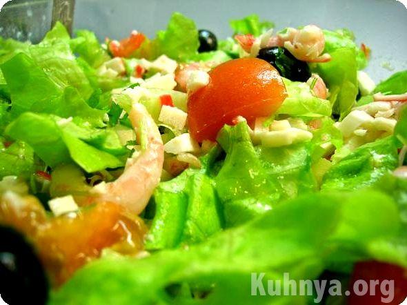 Новогодние рецепты салата с креветками и авокадо