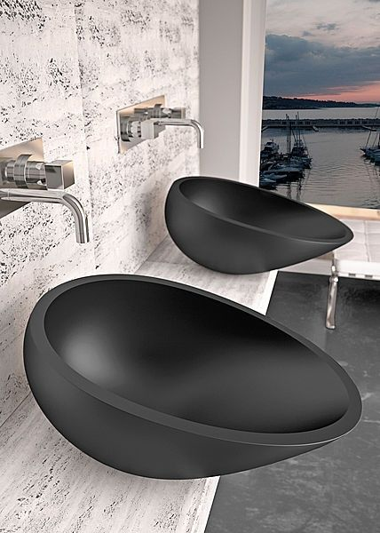 Egg-shaped Wash basins