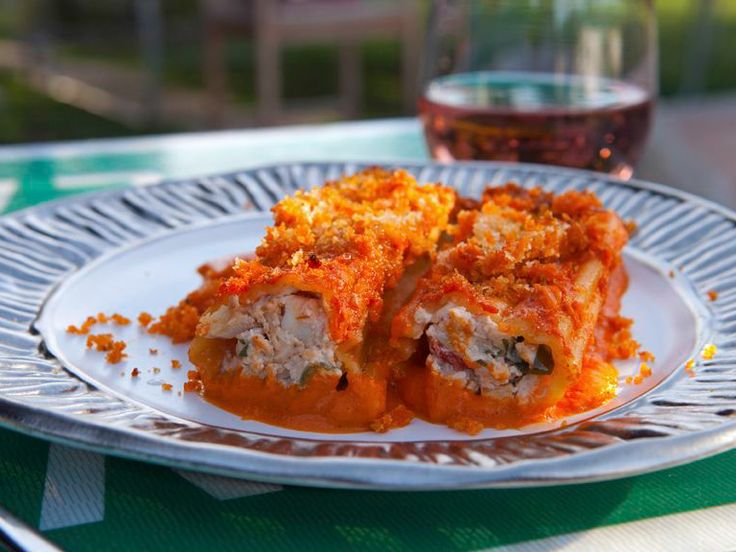 smoked chicken cannelloni recipe cannelloni recipes smoked chicken and guy fieri