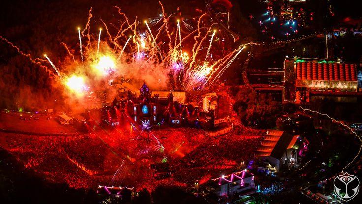 Dimitri Vegas & Like Mike - Live at Tomorrowland 2015 ( FULL Mainstage S...