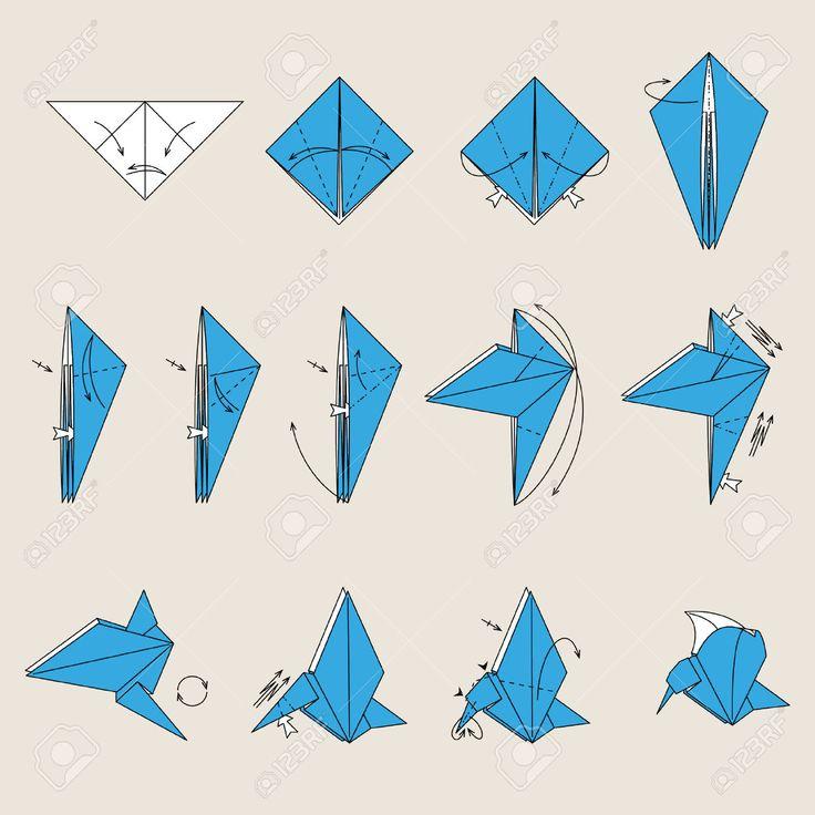 Oiseau Origami Bleu Sur Fond Brun Clair Clip Art Libres De Droits , Vecteurs Et Illustration. Image 8301601.