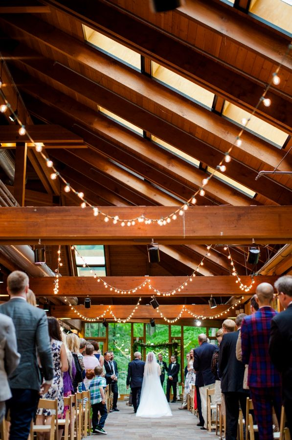 Photography by: http://www.dallascurow.com/blog/llascurowblog.com/2016/01/kortright-centre-wedding-paige-jose.html
