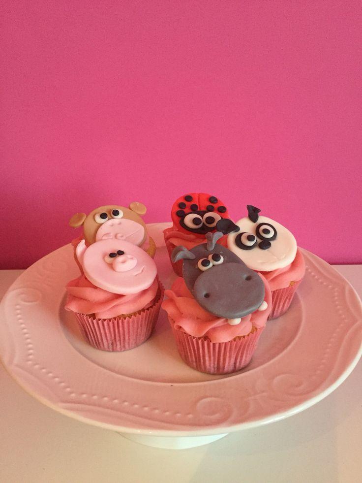 Pinky cupcakes