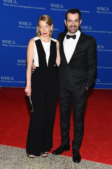 Actors Holly Burrell (L) and Ty Burrell attend the 101st Annual  White House Correspondents' Association Dinner at the Washington Hilton on April 25, 2015 in Washington, DC. (Photo: Michael Loccisano/Getty Images)