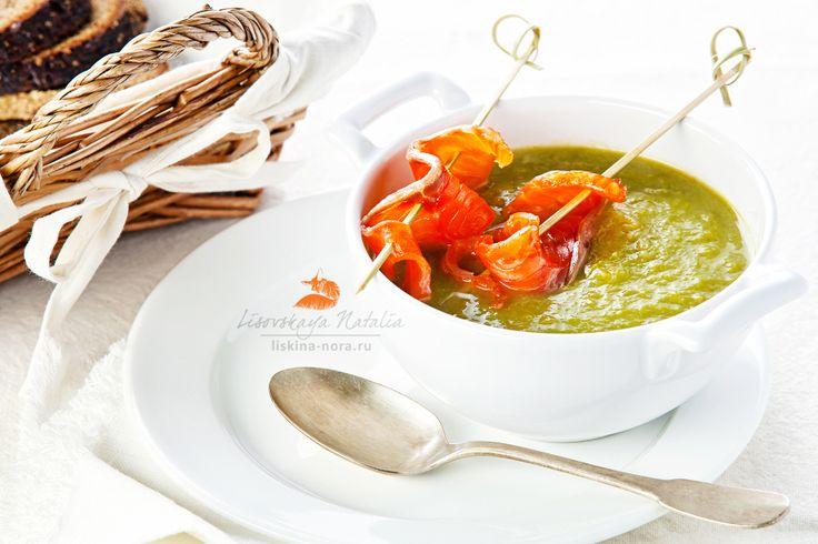 суп из спаржи с лососем by Natalia Lisovskaya, via 500px