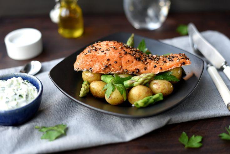 Varmrøkt ørret med grønn potetsalat