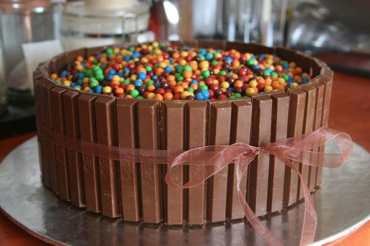 Kit kat and Astros chocolate cake