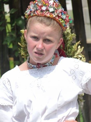 romanians at folk festival romanian children old traditional costumes eastern europe