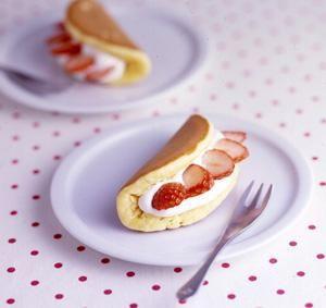 タカナシの生クリームで本格スイーツ♡だけど、ホットケーキミックスを使うので、手軽にケーキ作りができちゃいます!ゴールデンウィークの簡単おやつにいかがですか?おうちでまったりしましょ♡♡ - 153件のもぐもぐ - オムレツケーキ by タカナシ乳業