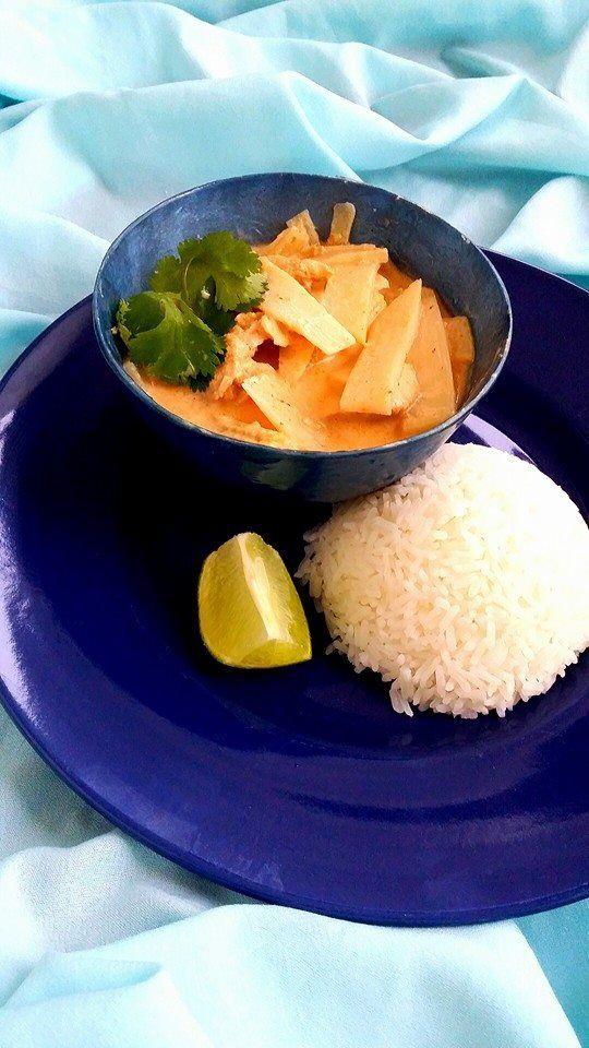 Thailändsk röd currygryta