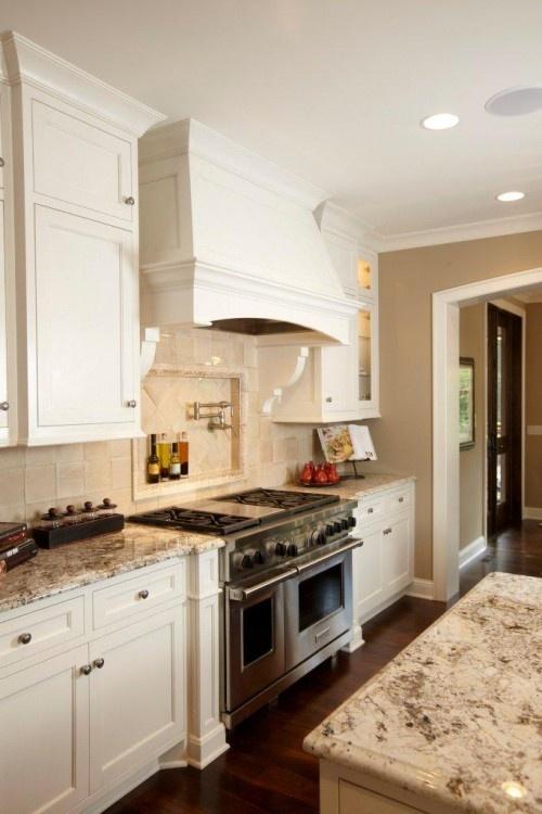 pretty: Kitchens Photo, White Design, Stove Hoods, Kitchens Design, Traditional Kitchens, Kitchens Ideas, Granite Countertops, White Cabinets, Kitchens Hoods