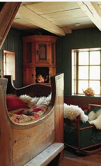 Best 25+ Medieval Bedroom Ideas On Pinterest | Castle Bedroom, Rustic Cabin  Master Bedroom And Rustic Sleigh Beds