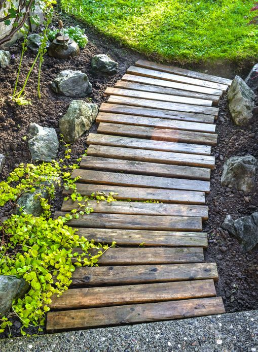 Garden walkway made from pallets.