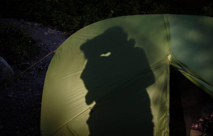 Shadow of love #2013 #northamerica #canada #okanagan #valley #lake #camping #love #tent #msrgear #msr #hubahuba #roadtrip #travel #nikon #d5100