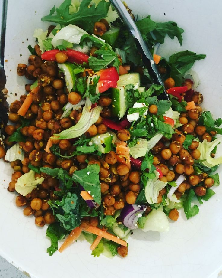 Spiced Chickpea Salad http://www.looksgoodtastesgood.com/home/2017/2/28/spiced-chickpea-salad Amanda Keats