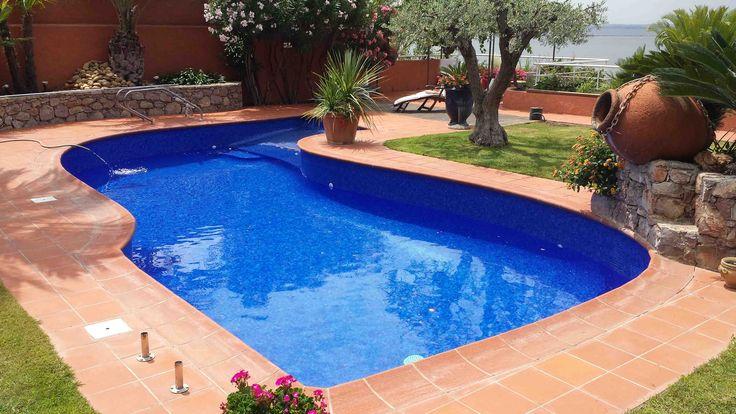 Carrelage piscine bleu marine en emaux de verre 2562b for Carrelage piscine mosaique